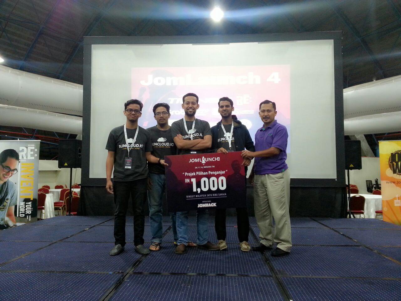 RunCloud memenangi Anugerah Projek Pilihan Penganjur ditaja oleh JOMHACK